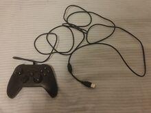 Xbox 360/PC must juhtmega pult