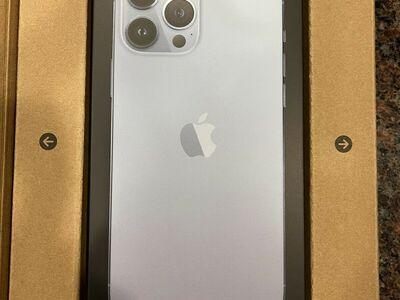 Apple iPhone 13 Pro - 1TB - SIERRA BLUE (Unlocked)